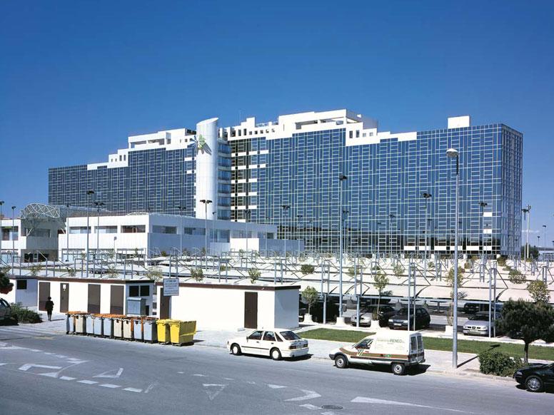 Centro de carga aena tauxme for Kutxa oficinas madrid